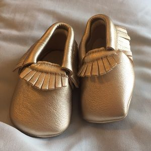 Baby girl shoes size 0-6 mo, 3-6 months